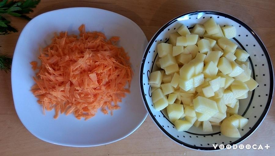 Рецепт легкого куриного супа с сыром, курицей и сельдереем пошаговый с фото